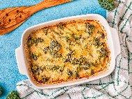 Рецепта Печени броколи със сметана, яйца, сирене моцарела и кашкавала на фурна